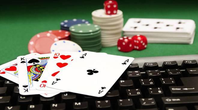 Poker fisico e poker online
